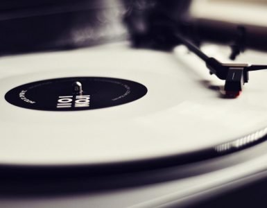 Best Beginner Record Player - Audiostance