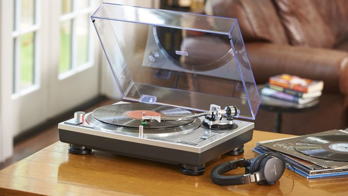 Best Record Player Under $300 - Audiostance