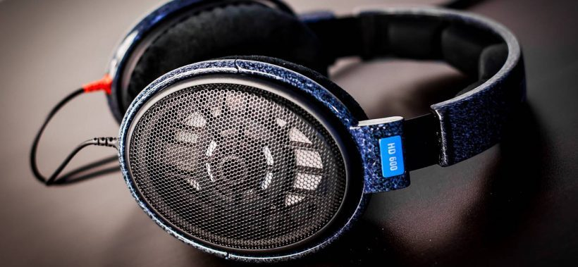 What are open back headphones? Audiostance